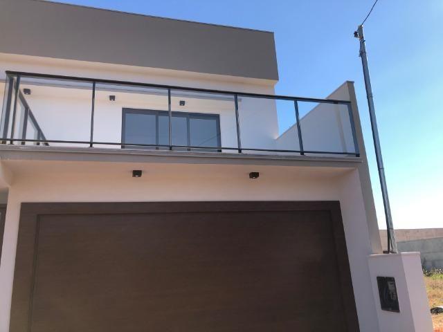 Sobrado 200 m2, acabamento Top, 03 Suítes, em Tangará, aceito carro, terrenos, casa menor - Foto 8