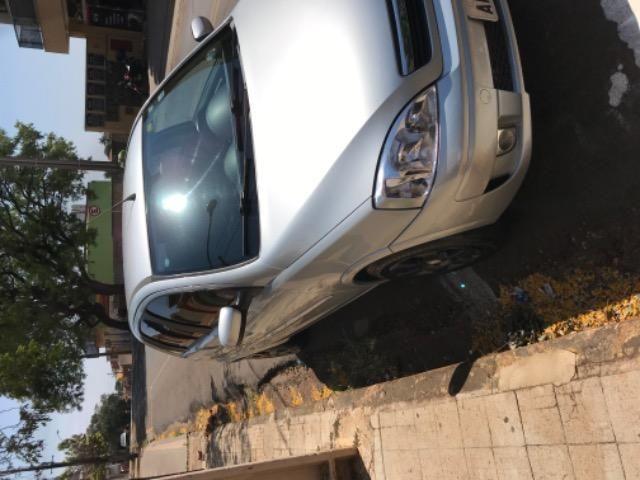 Corsa Premium hatch 1.4 completo - Foto 4