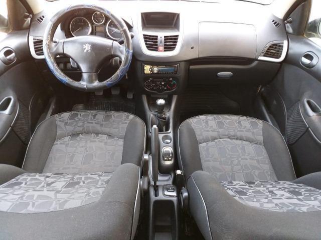 Peugeot 207 XR 1.4 2011 MT - Foto 3