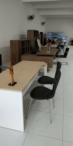 Mesas e cadeiras Escritório - Foto 3