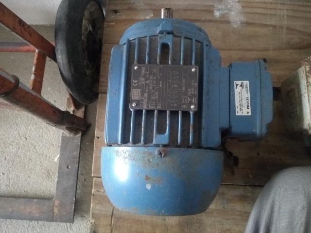 Motor de indução trifásico 4 polos - Foto 3