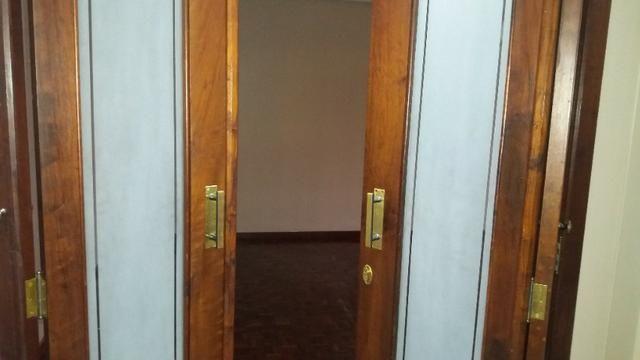 Porta Camarão Dupla em Imbuia com vidro jateado - Foto 3