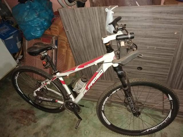 Vende-se bicicleta Alfameq aro 29 - Foto 3