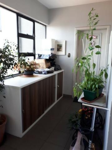Vende-se Excelente Apartamento no Marco com 3 suites, Porteira Fechada - Foto 2