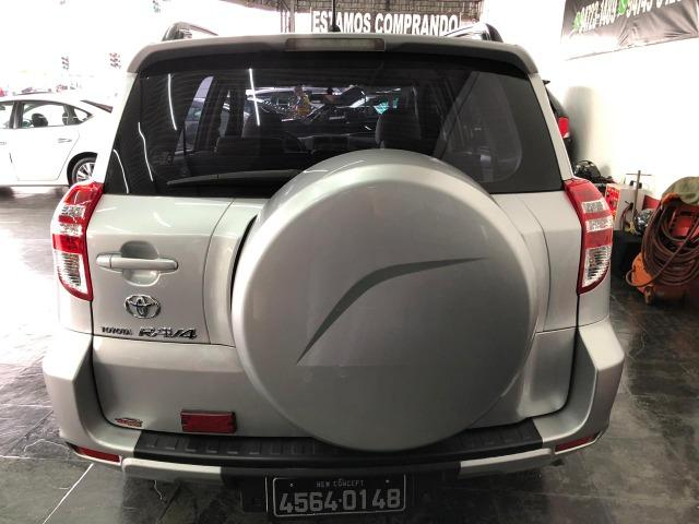 Toyota Rav 4 4x2 2.4 4P Gasolina Automática - Foto 4