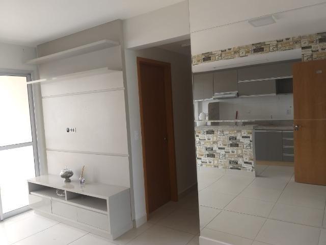 Apartamento Cond. Jardins do Eden II 2 quartos sendo 1 suite completo em armários - Foto 2