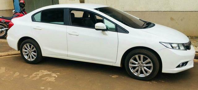 Civic Honda 2.0 ano 2014. Automático