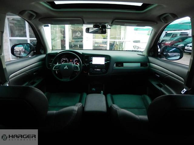 Mitsubishi Outlander 2.0 - Foto 14