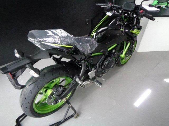 Kawasaki Z 650 ABS Preta 2021 - Foto 3