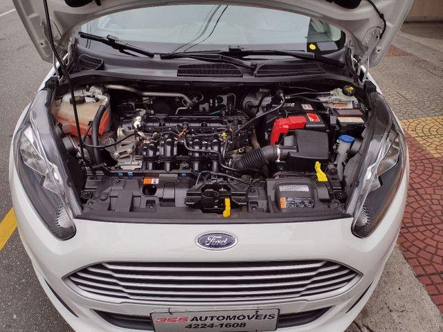 Ford Fiesta SE 1.6 Hatch 2017 Branco Único Dono Completo - Foto 10