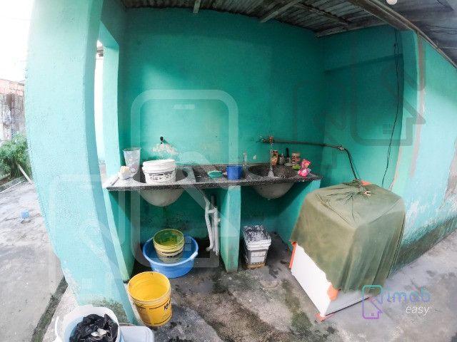 Casa no Conj. Ajuricaba, 384m², 3 quartos sendo 2 suítes, semi-mobiliado - Foto 15