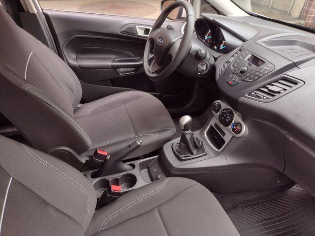 Ford Fiesta SE 1.6 Hatch 2017 Branco Único Dono Completo - Foto 11