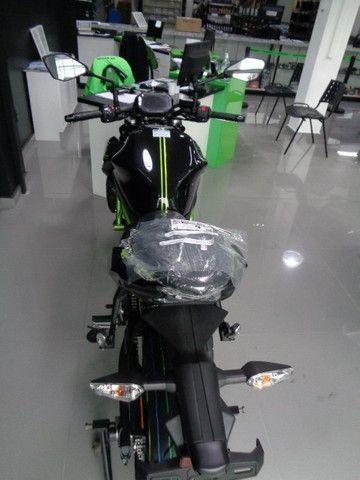 Kawasaki Z 650 ABS Preta 2021 - Foto 5