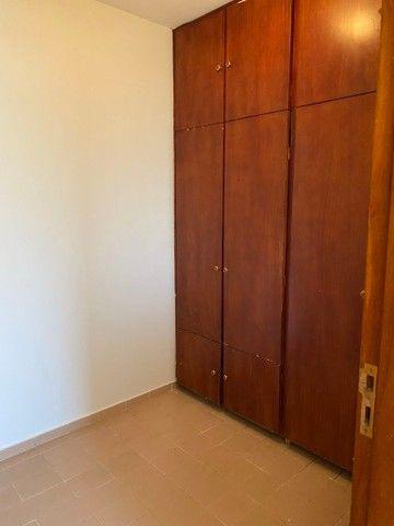 Apartamento com 3 quartos no Residencial Francine - Bairro Setor Oeste em Goiânia - Foto 10