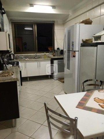 Apartamento de 3 dormitórios, 5 banheiros, 2 vagas de garagem, localizado no Bairro Nossa  - Foto 5