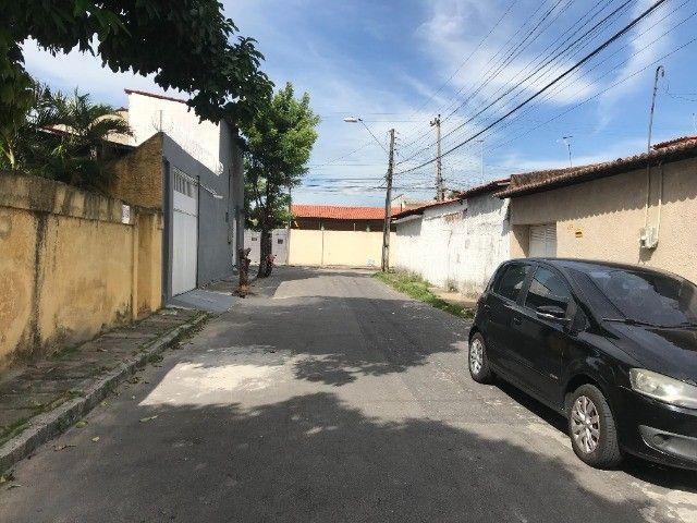 Ótima casa no Conjunto Beira Rio próxima ao Super Lagôa - Foto 2