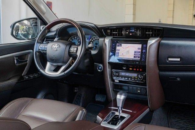 Toyota hilux sw4 4x2 srv flex 2018 automatica *IPVA 2021 PAGO* - Foto 9
