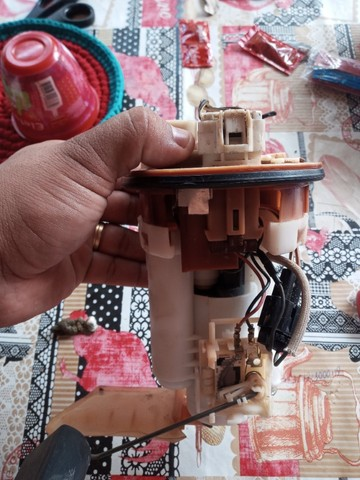 Bomba de combustível corolla 2005 - Foto 3