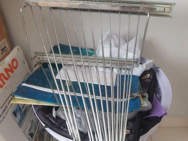 Calceiro inox ou cabide para calça comprida - Foto 3