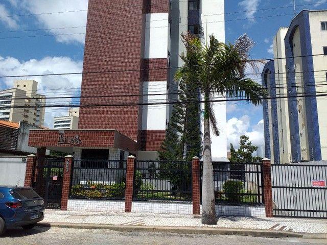 Oportunidade de um ótimo apto área nobre no Guararapes . - Foto 3