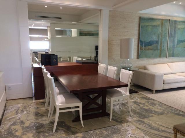 """Magnífico apartamento """"NOVO"""" 4 suítes na Avenida em Meia Praia em Itapema SC - Foto 3"""