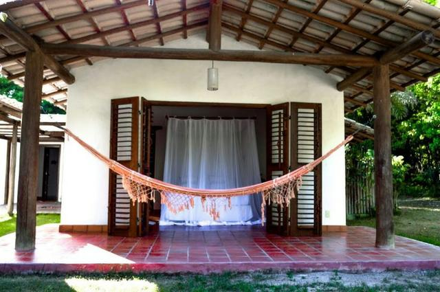 RE/MAX Safira aluga casa para temporada em área de preservação, em Trancoso - BA - Foto 13