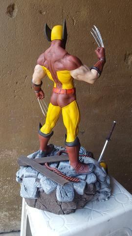 Estátua Wolverine peça de coleção - Foto 5
