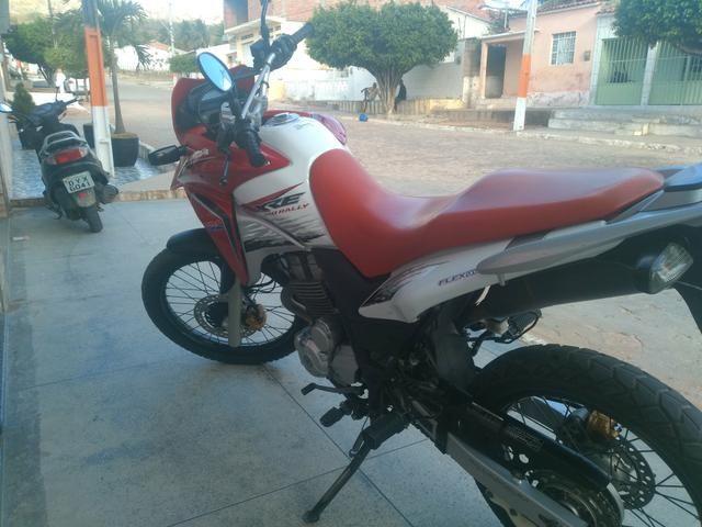 Honda XRE Rally - Foto 3