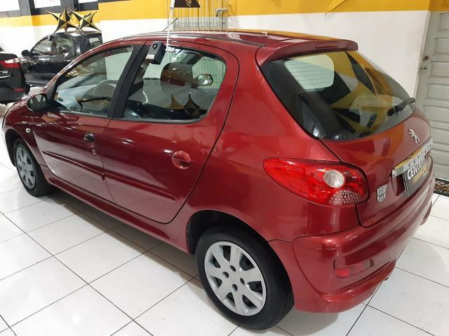 Peugeot / 207 XR Hatch 1.4 - 2010 - Foto 5
