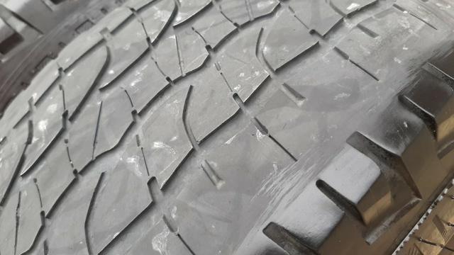 3 Pneus Michelin - Total Performance - 265/65 R17 - Foto 8