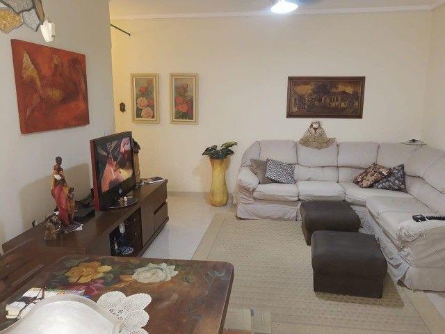 Apartamento de 2 dormitórios com vista mar - REF-DU3507