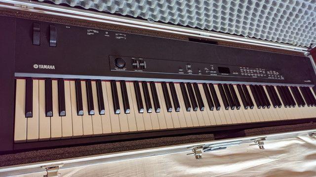 Stage Piano Yamaha CP33 - Foto 4