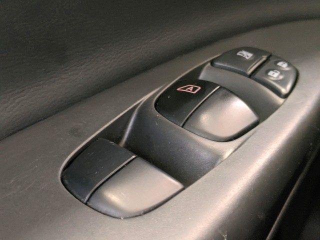 Sentra 2.0 SL 16V Flex 4P Automático - Foto 17