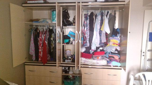 1 Guarda-roupas Casal Largura: 2,30 x Altura: 2,20 - Foto 2
