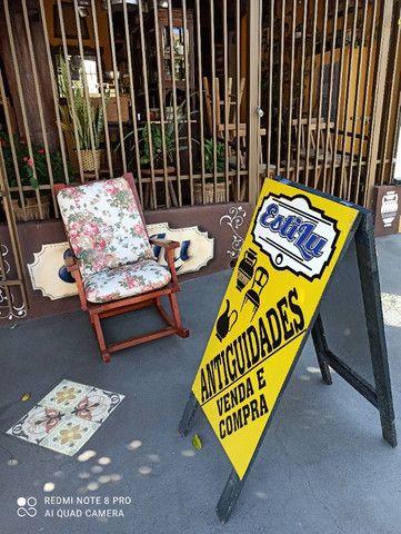 Cadeira de Balanço - Leia a Descrição - Foto 2