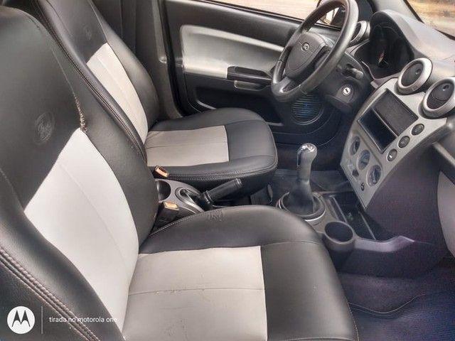 Ford FIESTA HATCH FLEX FIRST 1.0 8v  4P  - Foto 9