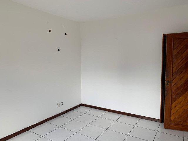 Alugo apartamento no Residencial Castanheira em Rio Branco - Foto 2