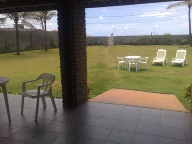 Vendo casa térrea com terreno de 1.300 m² em frente ao mar, Praia do Flamengo, Salvador