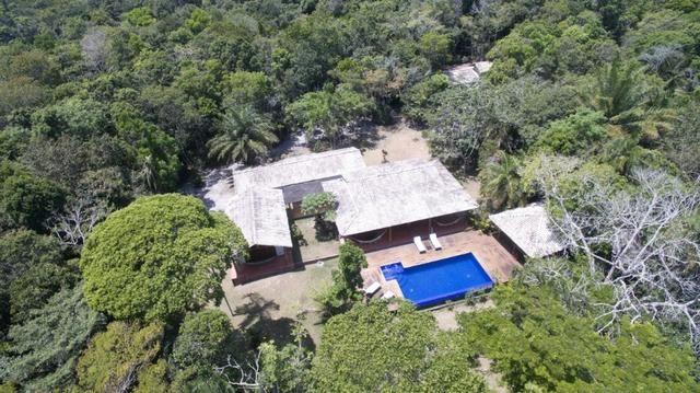 RE/MAX Safira aluga casa para temporada em área de preservação, em Trancoso - BA - Foto 2