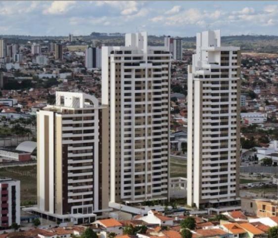 Apartamento no Catolé, 3 suítes