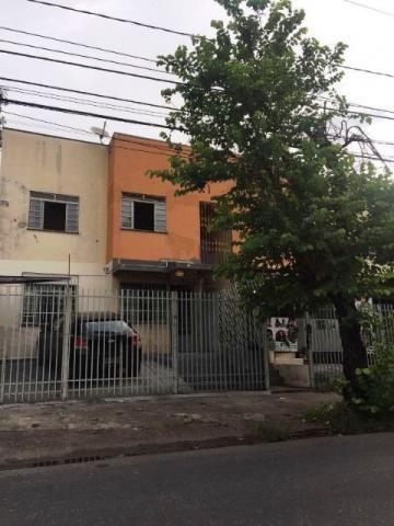 Apartamento no bairro Itapuã com 2 quartos