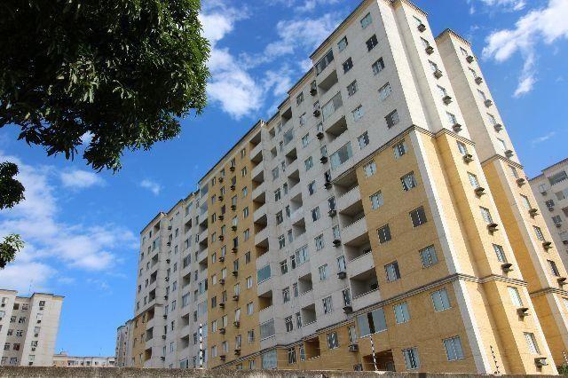 Aparatamento com ótima localização em Jardim Limoeiro passo direitos