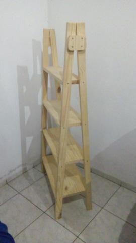 Cavaletes feitos em Pinho,com ótimo acabamento
