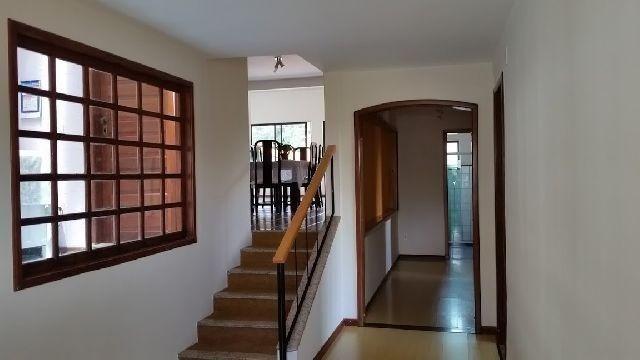 Linda residência com 5 quartos no Vale dos Pinheirros em NF/RJ - Foto 2