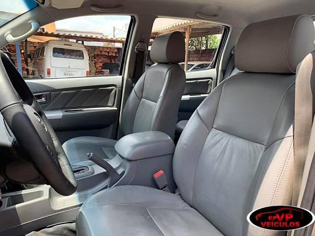 Toyota Hilux 2010 SRV Top de linha automatico ( Vendo a vista ou financiado AC troca ) - Foto 11