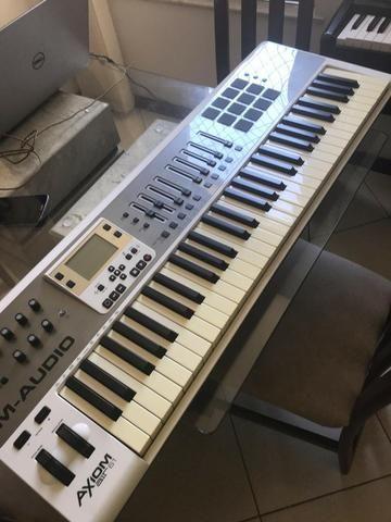 Teclado Controlador M-Audio Axiom Air 61