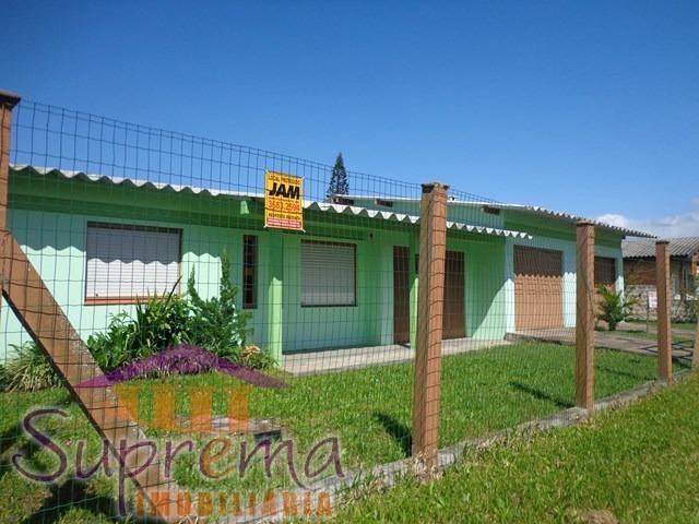 51-98129.7929Carina! C368 Casa 2 terrenos no centro de Mariluz!