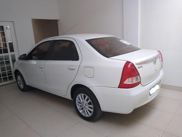 Carros toyota etios sedan ULTIMA SEMANA - Foto 6