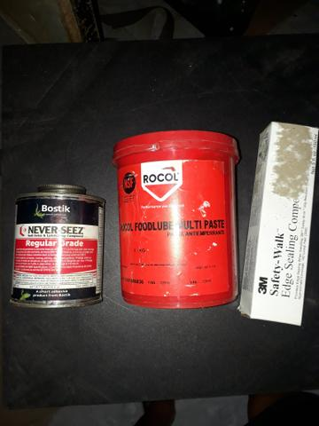 Kit 2 graxas e 1 cola selante