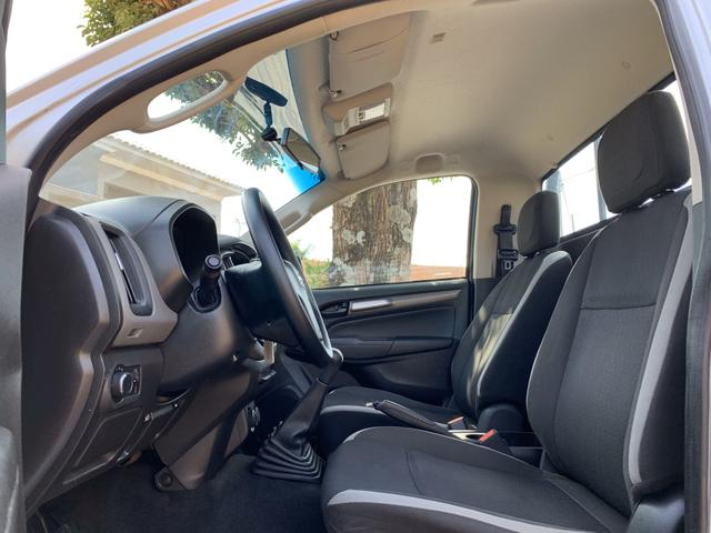 GM S10 Pick-Up LS 2.8 TDI 4x4 CS Diesel 200CV - Foto 12